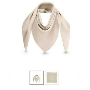 Louis Vuitton Monaco Square Scarf Beige Brand New!